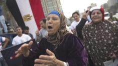 يعاني غالبية المصريين من أوضاع اقتصادية صعبة