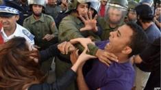"""تراجعت الآمال بالديمقراطية بعد حوالي عامين من اندلاع ما سمي بـ """"الربيع العربي"""""""