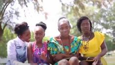 فتيات متوحدات من غانا يكتسحن مجال الأزياء