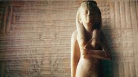 statue of 8th Century Kushite princess Amenirdis