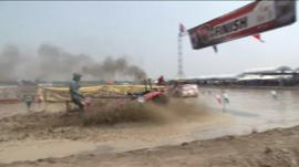 Thailand tractor race