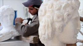 Student learns carving skills