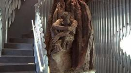 Chocolate tree takes root in Paris