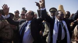 Francois Hollande and Mali's interim president Traore