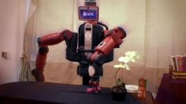Robot capable of processing supermarket goods