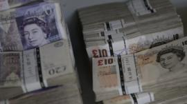 Sterling bank notes