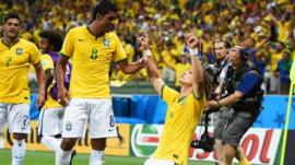 World Cup 2014: Brazil 2-1 Colombia highlights