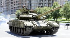 Pro-Russian separatists drive tank in Donetsk