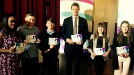 Newsround kids and Labour Party's Tristram Hunt