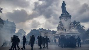 Riot police in Paris