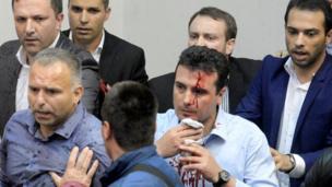Makedonya'daki olaylarda Zoran Zaev de yaralandı.