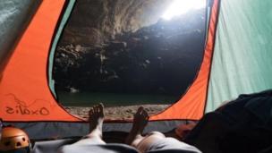 这个洞穴在1991年被当地人发现