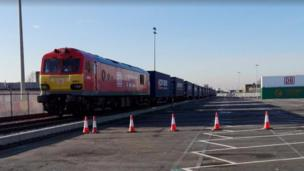 義烏直通英國首列貨運列車抵達倫敦