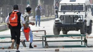سرینگر میں طلبا کا احتجاج