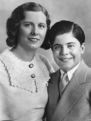 Mae y Sonny Capone. (Foto: gentileza Mario Gomes - Myalcaponemuseum.com)