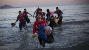 Эгей деңизи аркылуу Европага жеткен пакистандык мигранттар
