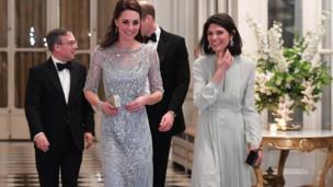 英国驻法大使黎伟略(Edward Llewellyn)及其夫人安妮主持了晚宴