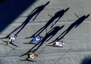 مسابقة تزلج على الجليد للرجال