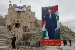 """Bowen mengatakan: """"Benteng Aleppo secara ganjil terasa melampaui zaman. Sejak abad ke 10 sudah ada perbentengan di sini. Dan tetap kokoh."""""""