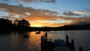 Atardecer en el Lago San Pablo