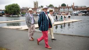 Spectators in boating blazers