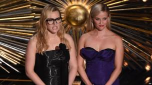 Kate Winslet and Reese Witherspoon