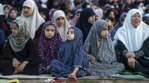 نساء في صلاة العيد