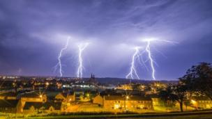 Lightning storm this morning Thu 2nd July 2015 at 00.54am, Kelso