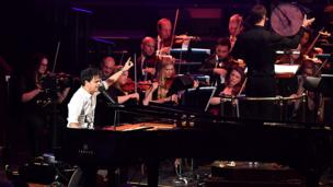 Entertainment week in pictures 7 13 august bbc news for Jules buckley and the heritage orchestra