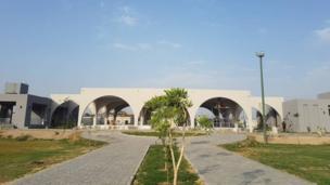لاہور قبرستان