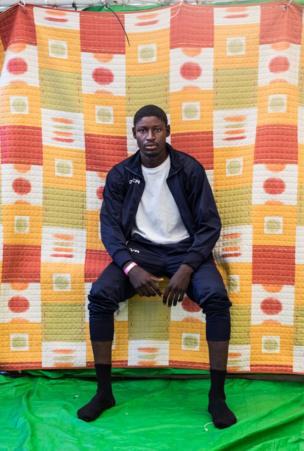 أتاك كميس، 19 عاما، من السودان وقضى شهرا في ليبيا وكان يريد الهجرة إلى إيطاليا.