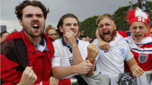 England fans in Paris