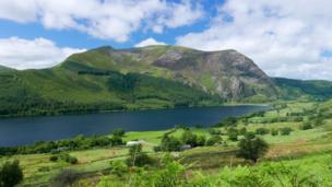 Llyn Cwellyn in Snowdonia