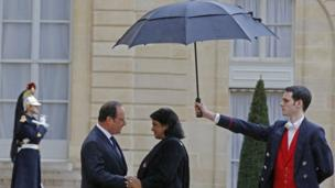 French President Francois Hollande greets the President of Mauritius, Ameenah Gurib-Fakim, as she arrives for a meeting at the Elysee Palace in Paris on 30 March 2016