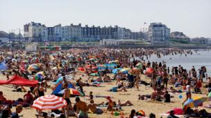 Lots of people on the beach in Margate