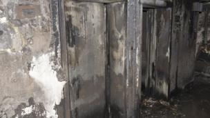 สภาพลิฟต์ภายในอาคารเกรนเฟลล์ ทาวเวอร์ หลังเกิดเพลิงไหม้