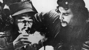 Фідель Кастро (зліва) з Че Геварою
