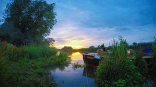 The River Thames near Northmoor Lock