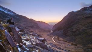 Neil Mark Thomas captured this stunning sunset at Llanberis pass, Snowdonia.