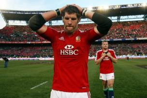 Simon Shaw post match dejection