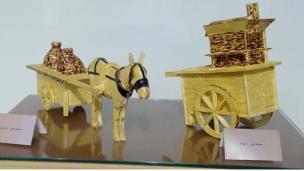 عربة فول وعربة بطاطا