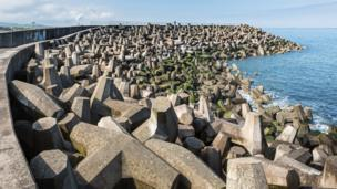 Sea defences in Torness