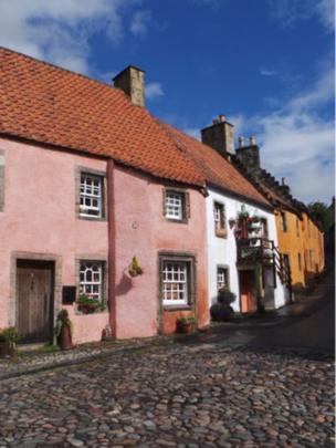 Culross Street