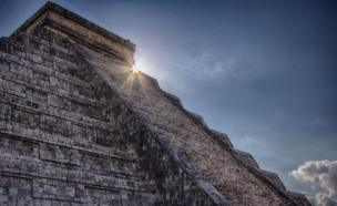 El Castillo pyramid in Yucatan. Mexico