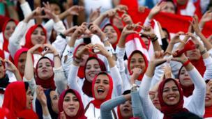 مشجعات مصريات