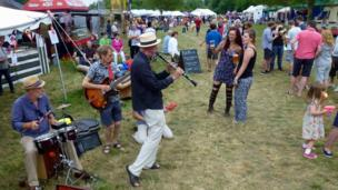Summer fun and music at Charlbury Riverside Festival