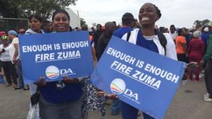 Des milliers de personnes ont pris part a des manifestations anti-Zuma dans différentes villes de l'Afrique du Sud.