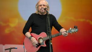 Barry Gibb at Glastonbury