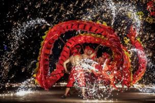चीनी नववर्ष पर उत्सव