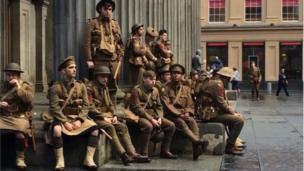 Soldiers dressed in WW1 uniform in Royal Exchange Square in Edinburgh